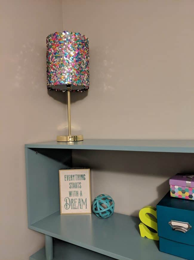 Colorful sequin table lamp