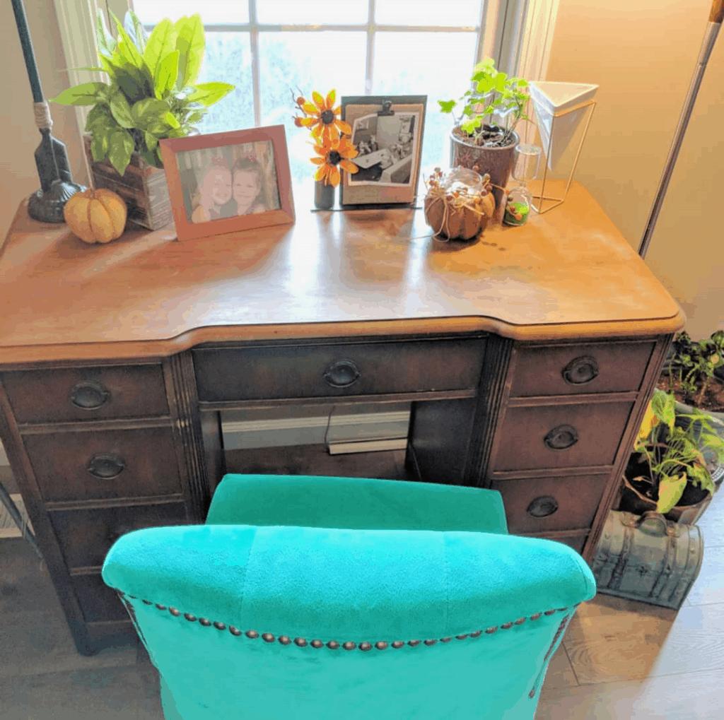 cozy winter home ideas - home office area